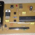 Transistortester mit abgenommenen Display
